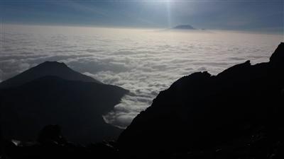 Climbing Mount Meru (4566 m)